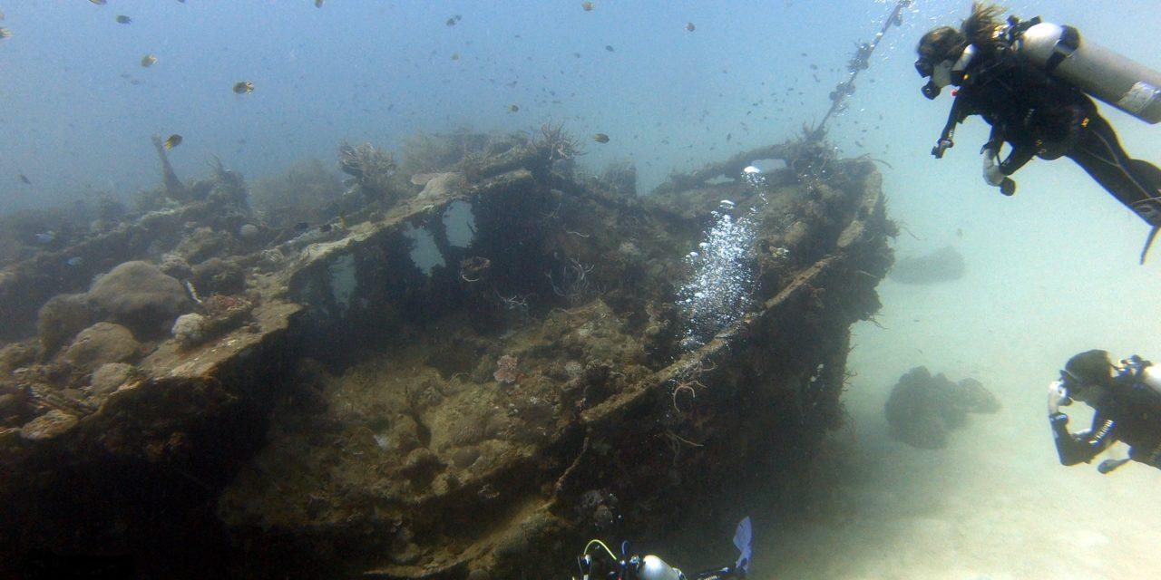 L'île de Coron et son cimetière d'épaves