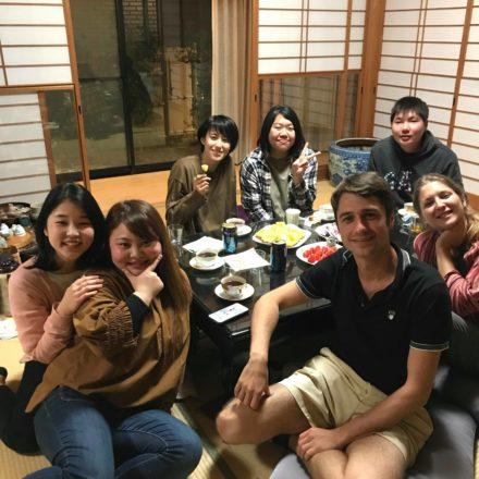 Dans un Ryokan, Hiroshima, et chez Rei